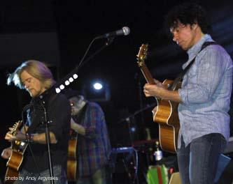 Hall & Oates live