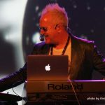Howard Jones live!