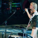 Ellie Goulding live pics!