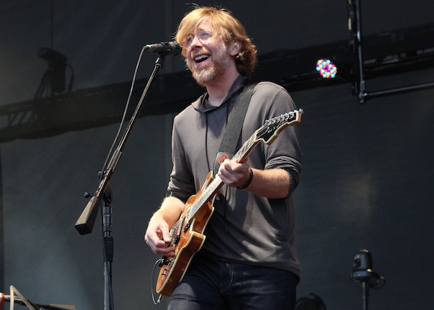 PHISH-1-Trey_Anastasio-JEFF_ELBEL sized