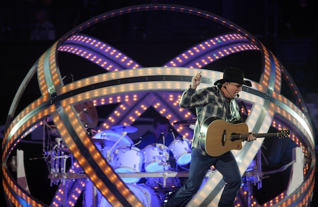 Garth Brooks concert 13b