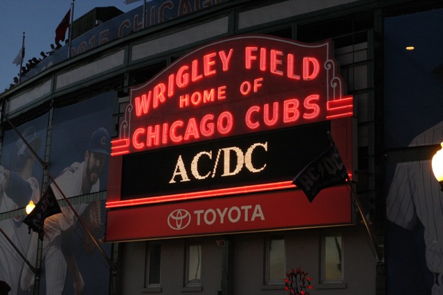 Photo Gallery Acdc At Wrigley Field Illinois Entertainer