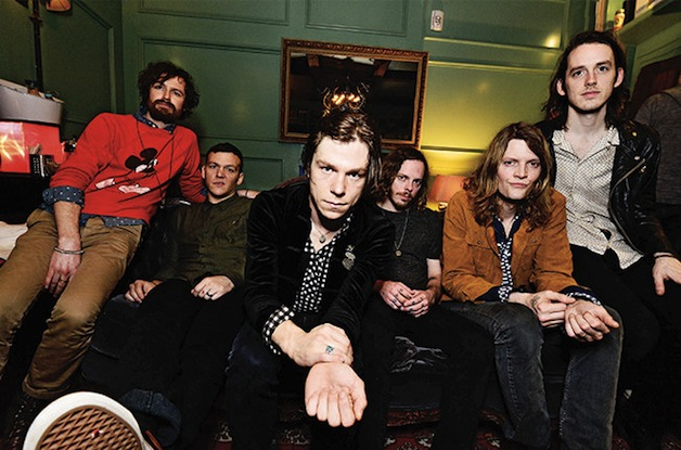 cage-the-elephant-qa-bb37-2015-billboard-650