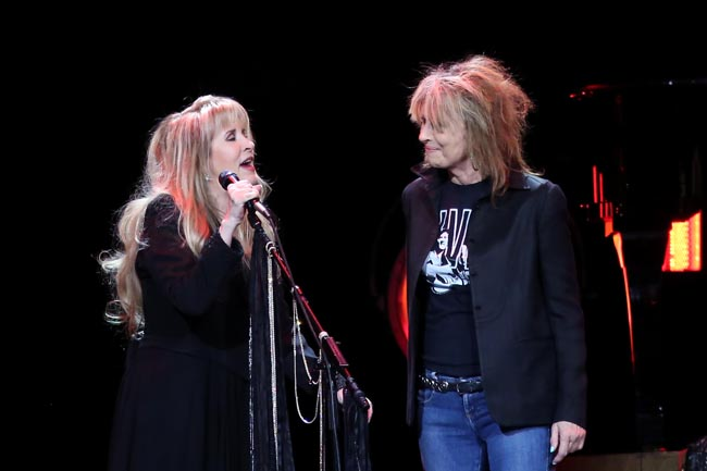 stevie-nicks-and-chrissie-hynde-373a3002