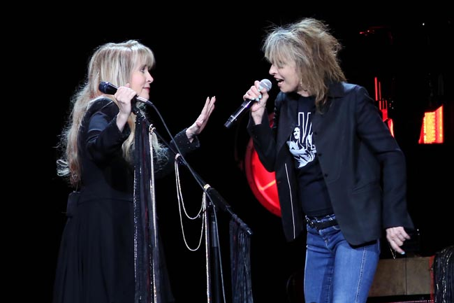 stevie-nicks-and-chrissie-hynde-373a3050