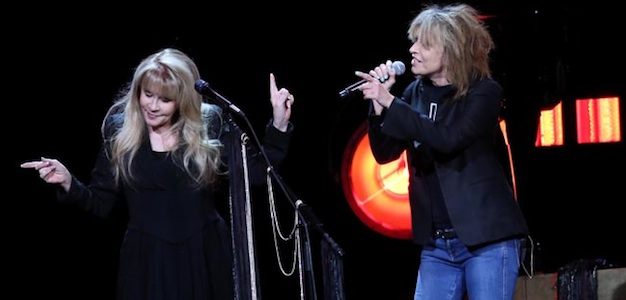 stevie-nicks-and-chrissie-hynde-twitter