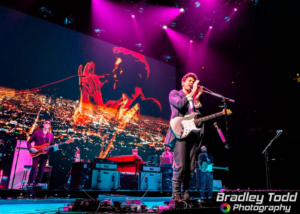 John Mayer 2017-04-11 web image-04198