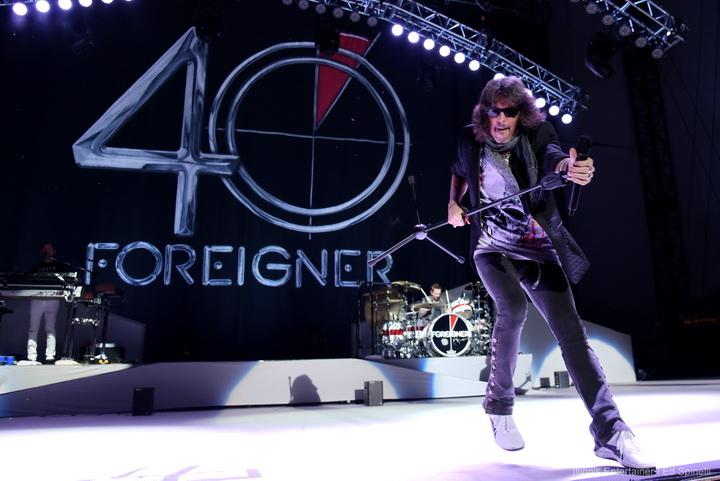 Foreigner 01