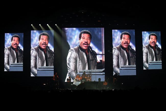 Lionel Richie 22