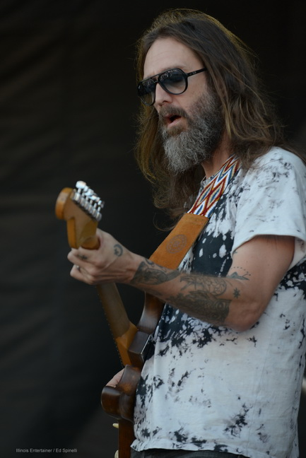 04-Chris Robinson Brotherhood-02