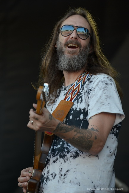 04-Chris Robinson Brotherhood-04