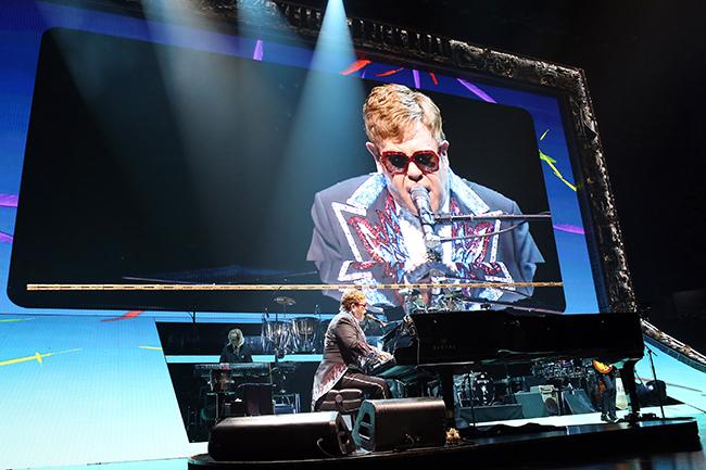 Elton-John-08