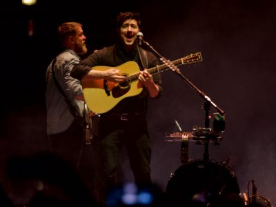 Photo Gallery: Mumford & Sons at The Chicago Theatre