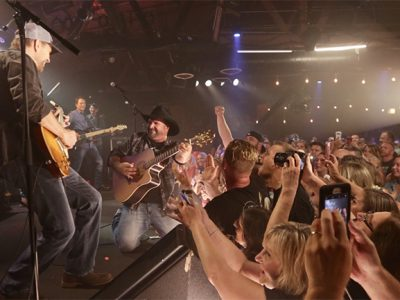 Live Review: Garth Brooks at Joe's on Weed Street