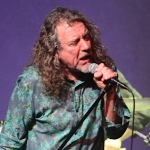 Stage Buzz: Live Shots – Robert Plant