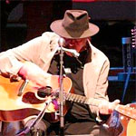 Stage Buzz - Live Shots: Neil Young