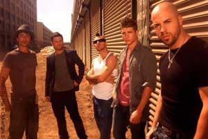 Daughtry Previewed