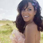 Bebel Gilberto preview