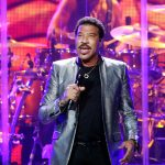 Live Review and Gallery – Lionel Richie at United Center
