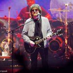 Live Review and Photo Gallery: Jeff Lynne's ELO with Dhani Harrison at United Center